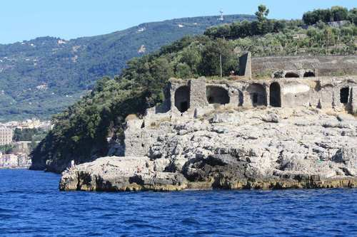 The archaeological site of Bagni della Regina Giovanna in Sorrento ...