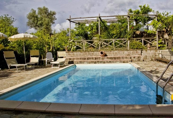 Villa flavia sant 39 agnello italy appartamento penisola for Appartamenti arredati napoli