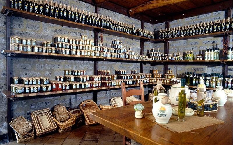 Fattoria marecoccola sorrento italy negozi e shopping for Planimetrie tradizionali della fattoria