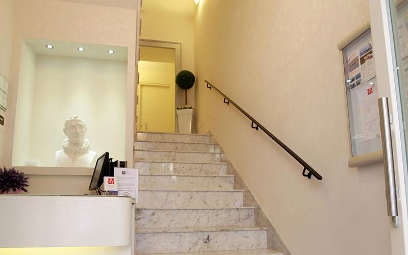 Costo ascensore interno 4 piani installazione climatizzatore - Quanto costa un ascensore esterno ...